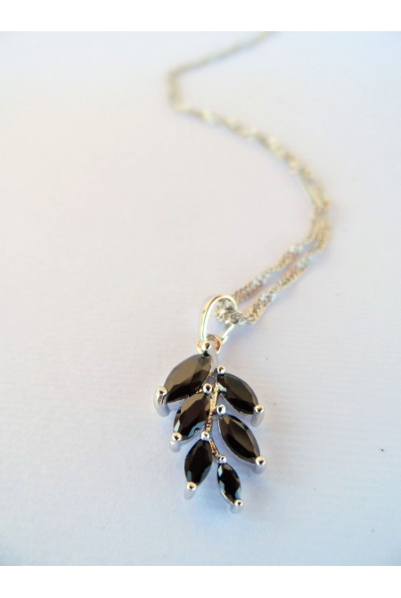Elegant Necklace with Black Crystals  / Contemporary Crystal Necklace / Black Necklace