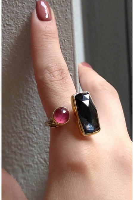 Elegant silver ring with a Rhodochrosite and a Hematite / Silver pearl ring / Black ring /  Gift for her
