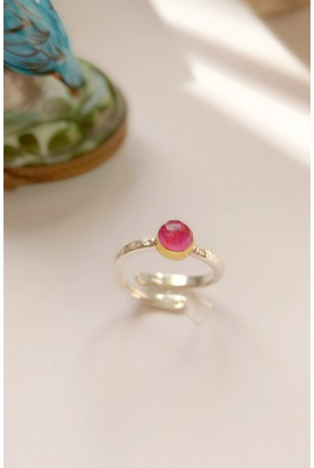 Elegant Serling Silver Ring with a bright RUBY  /   Anniversary ring / Birthday gift