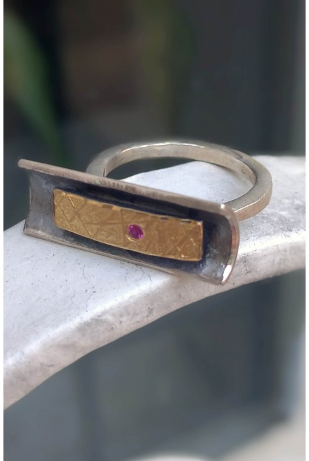 Elegant handmade Sterling Silver ring with Gold details 22K and a  Ruby 0,03ct