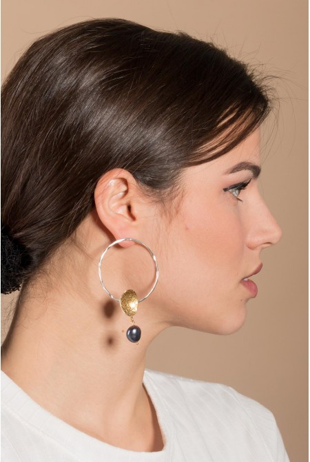 Handmade Silver  earrings  with two silver circles and a peal drop