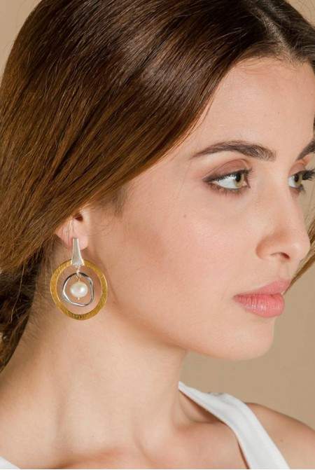 Sterling  Silver  earrings  with   a peal