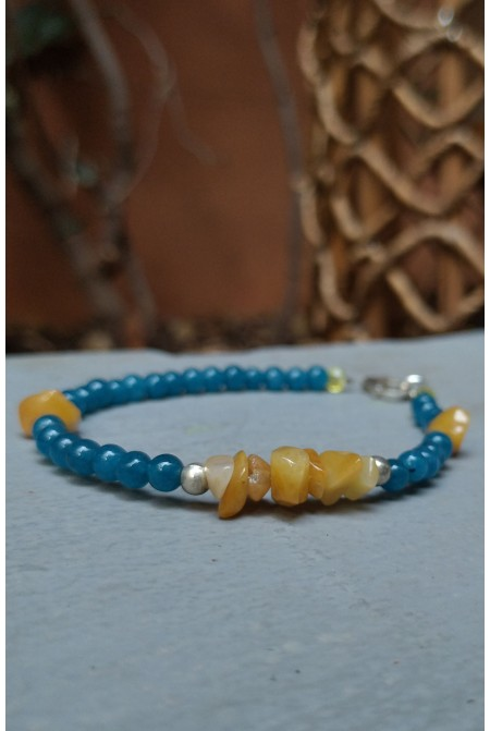 Beautiful  Bracelet  with Agate stones and silver details