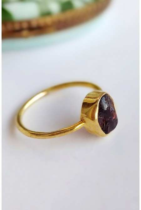 Sterling Silver Ring with natural raw Garnet